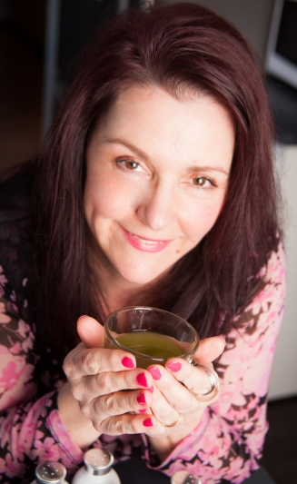charlene phillips ceo of tealightful